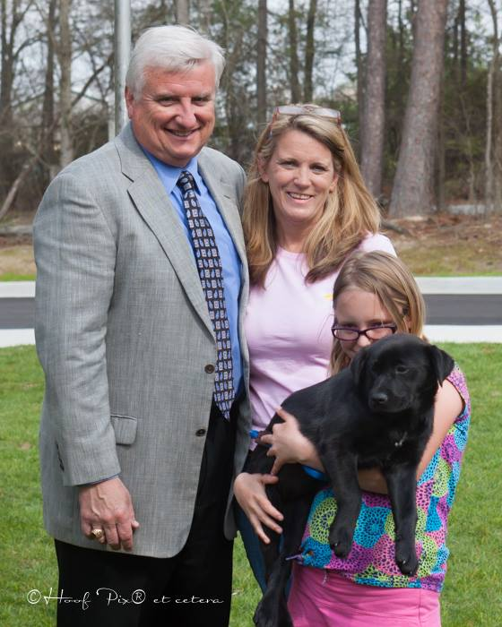 clay-carrie-killian-their-granddaughter-hailey-and-new-puppy-zoie