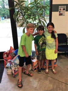 Three young friends from Wagener sell lemonade to raise money for FOTAS.